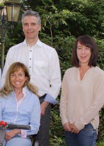 das-team-der-firma-kinzel-beratungsunternehmen-im-gesundheitswesen-berät-zum-pflegegrad